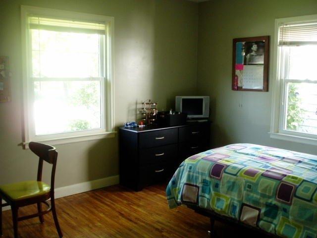 2342 Storm St - bedroom #1