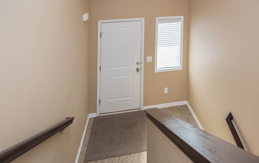3719 Marigold Drive - Townhome for Rent - entryway