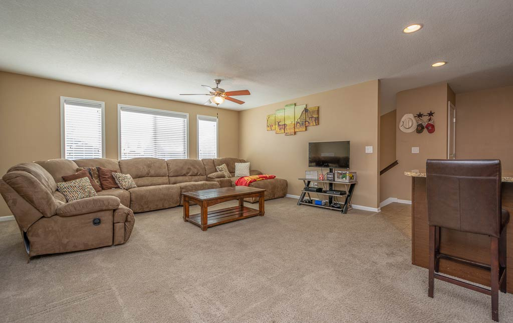 3719 Marigold Drive - Townhome for Rent - living room