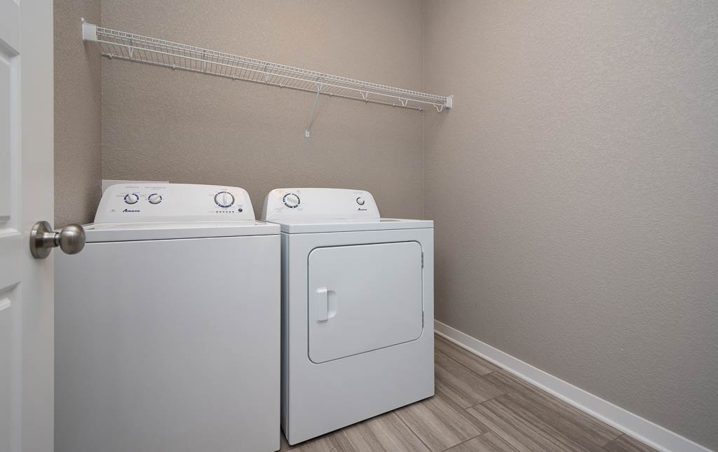 3724 Marigold Drive - Townhome for Rent - Laundry Room