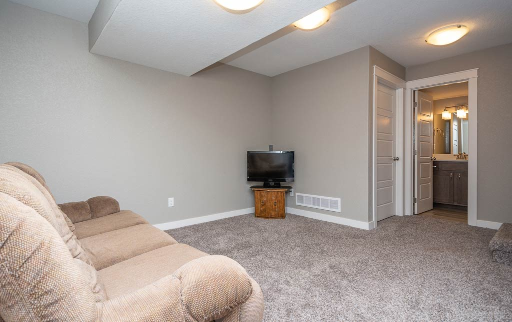 3724 Marigold Drive - Townhome for Rent - Basement living area