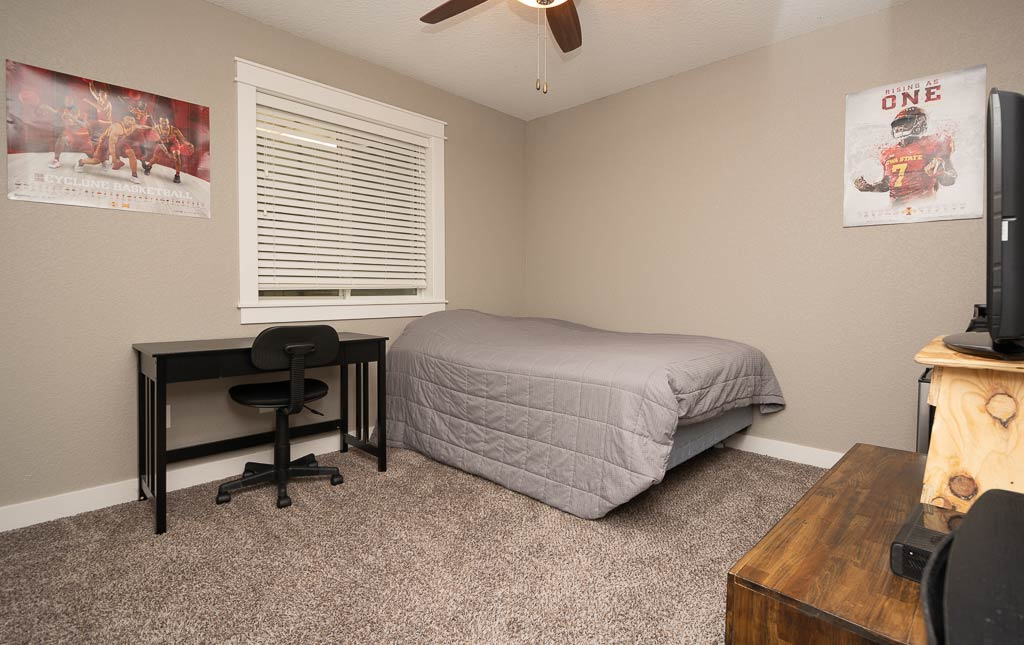 3724 Marigold Drive - Townhome for Rent - Bedroom