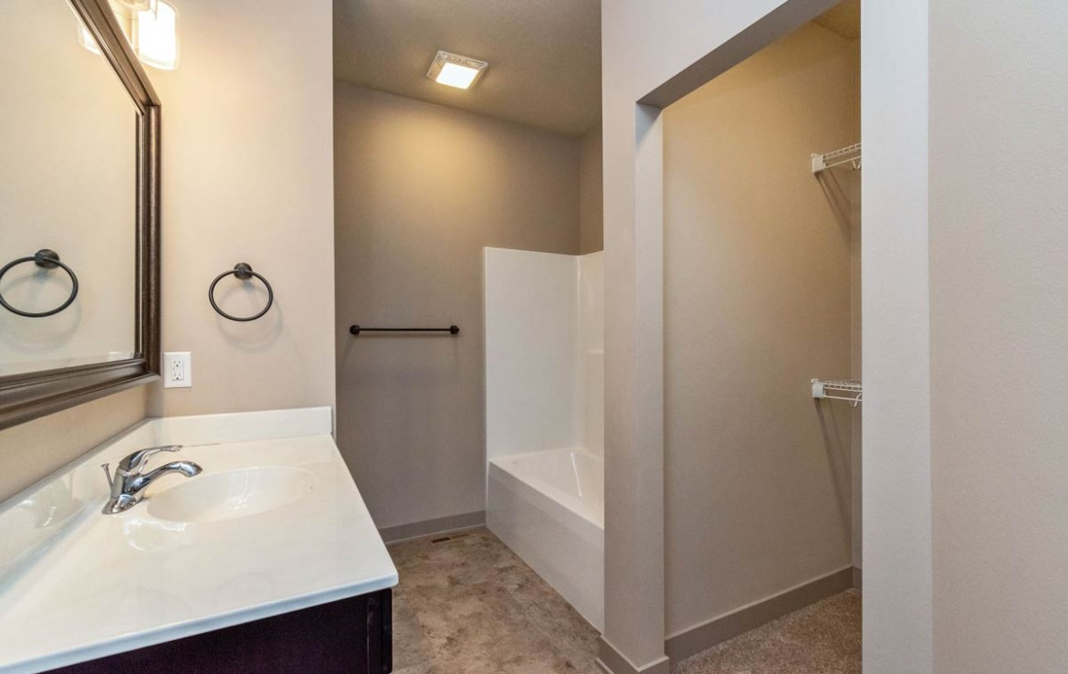 3806 Marigold Drive - Townhome for Rent - bathroom