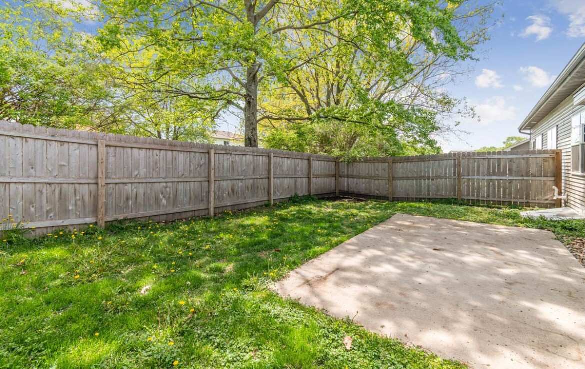 3806 Marigold Drive - Townhome for Rent - fenced-in backyard