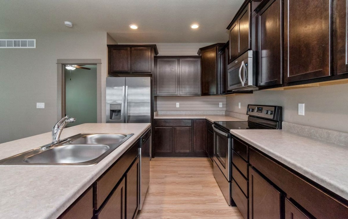 3806 Marigold Drive - Townhome for Rent - updated kitchen