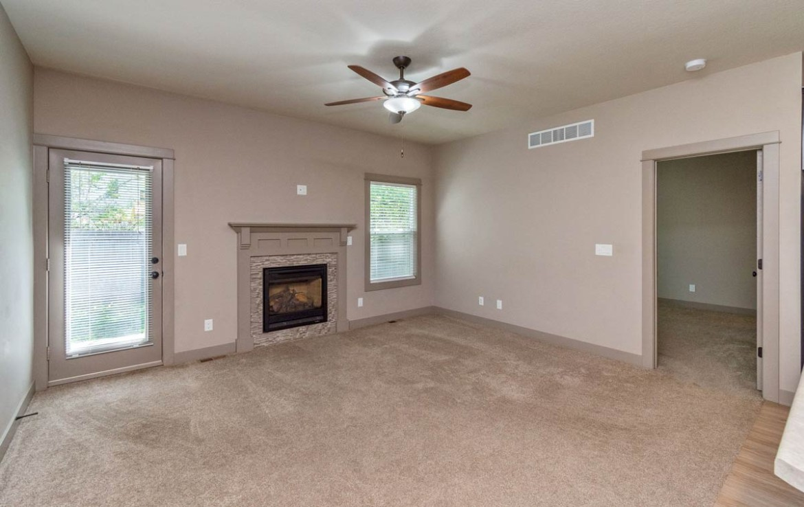 3806 Marigold Drive - Townhome for Rent - living room with fireplace