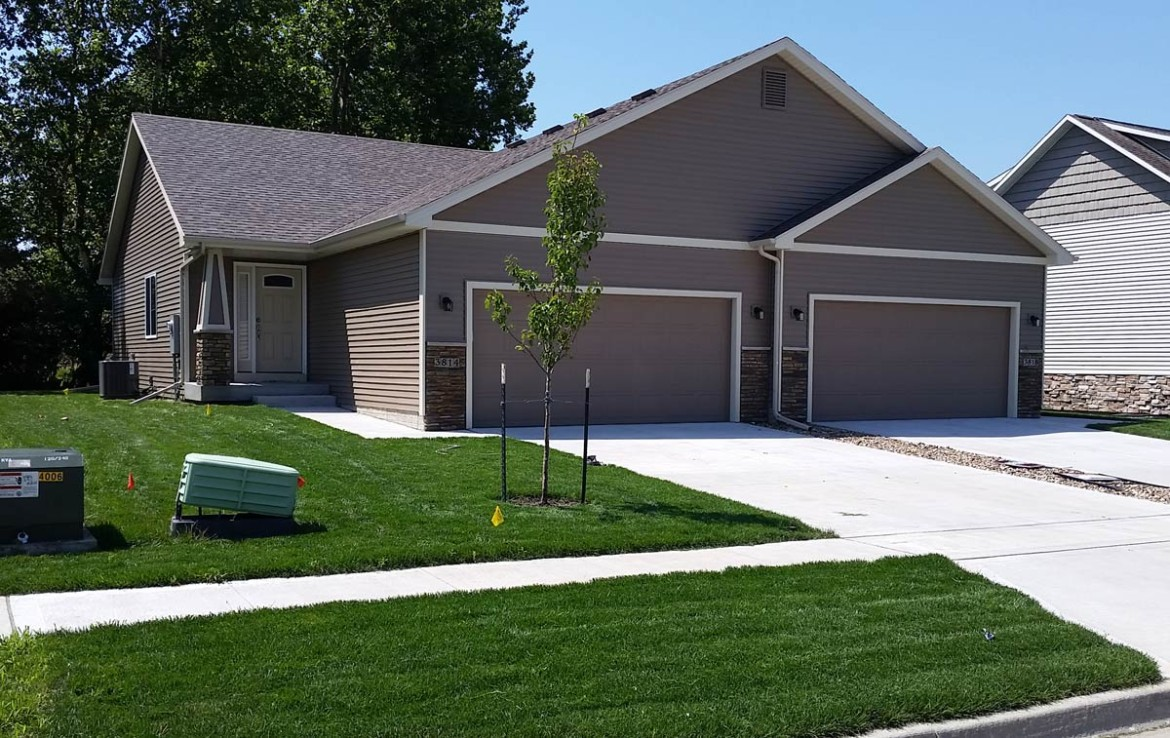 3814 Marigold Drive - Townhome for Rent - exterior