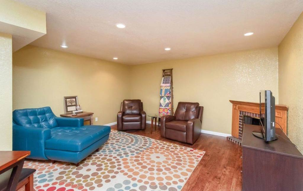3838 Marigold - Rental Home - Basement