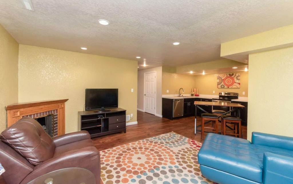 3838 Marigold - Rental Home - Basement with additional kitchen