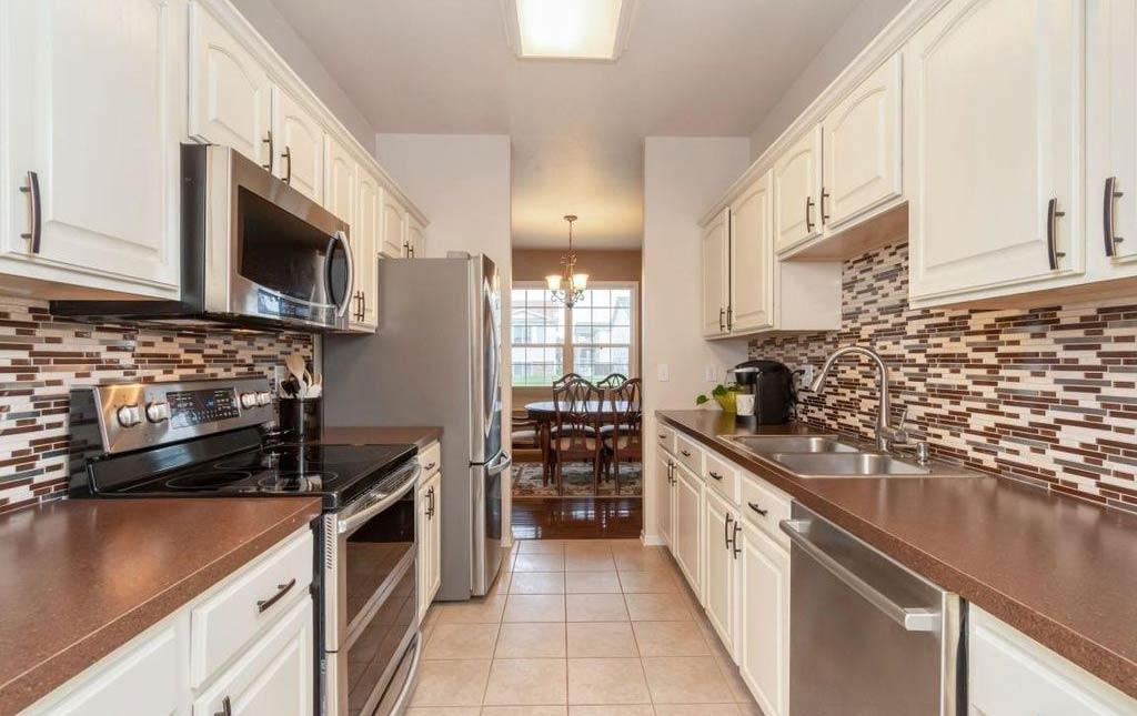 3838 Marigold - Rental Home - kitchen